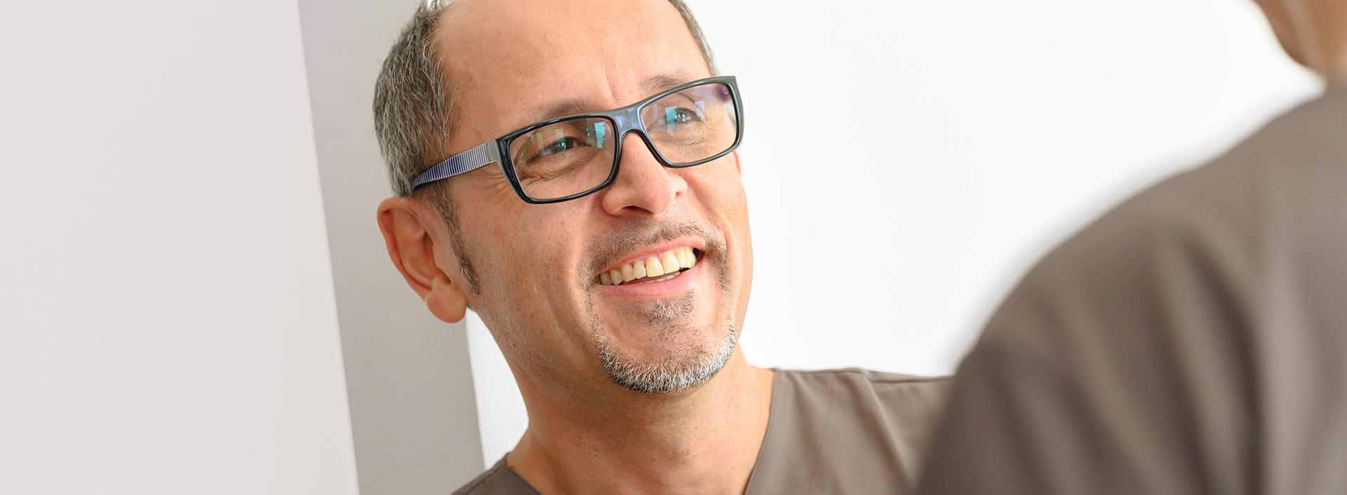 Herr Dr. Ozren König