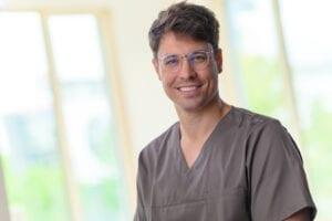 Dr. Sebastijan Mormer